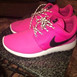 Shoes   Hot Pink Nike Roshe Runs   Poshmark